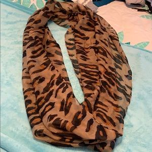 Accessories - Cheetah Infinity Scarf